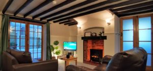 The Garden Apartment - Lounge