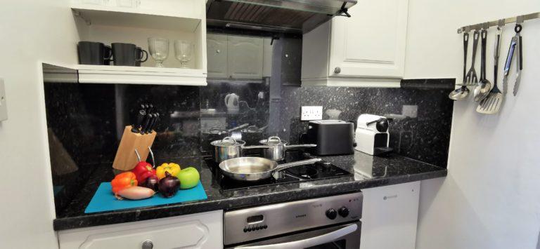 Katharine Apartment Kitchen