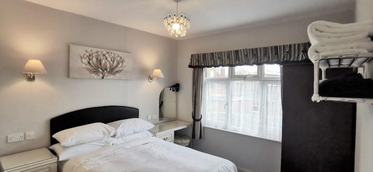 Katharine Apartment Double Bedroom